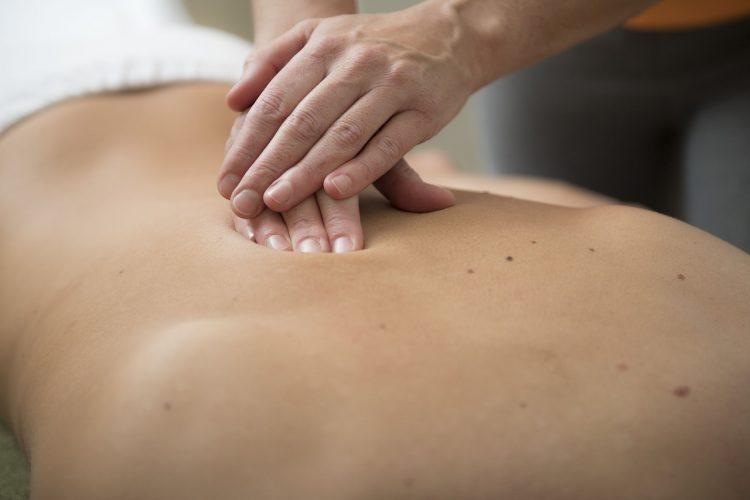 massage-3795693_1280